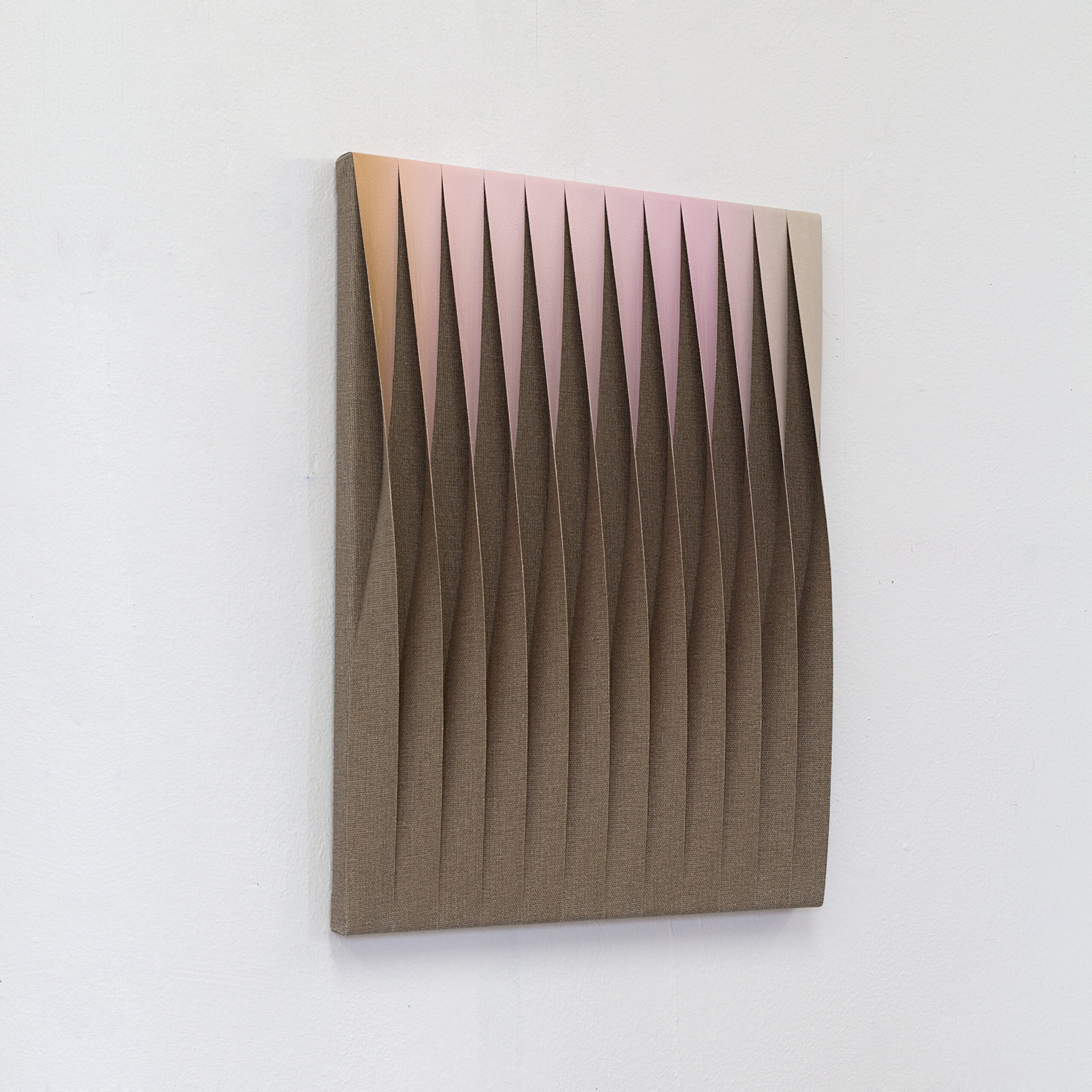 5021047-40×30-2021-oil-raw-canvas-7.800-side2